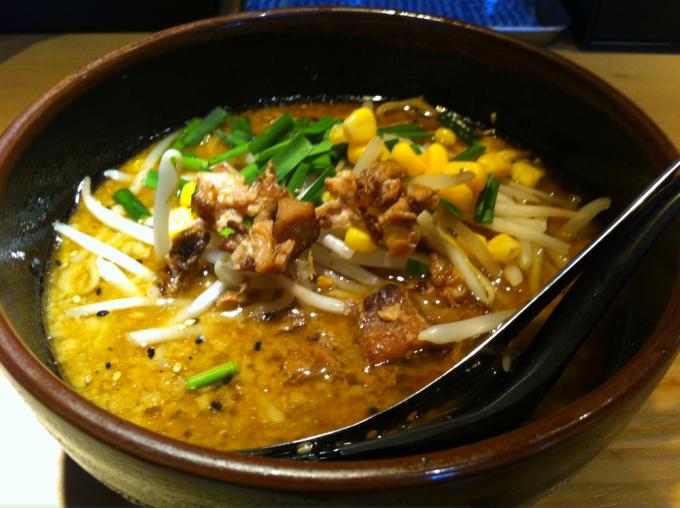 味噌ラーメン (麺少なめ)